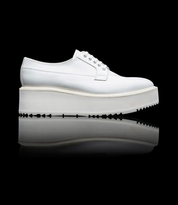 Zapato con cordones Prada 650 euros