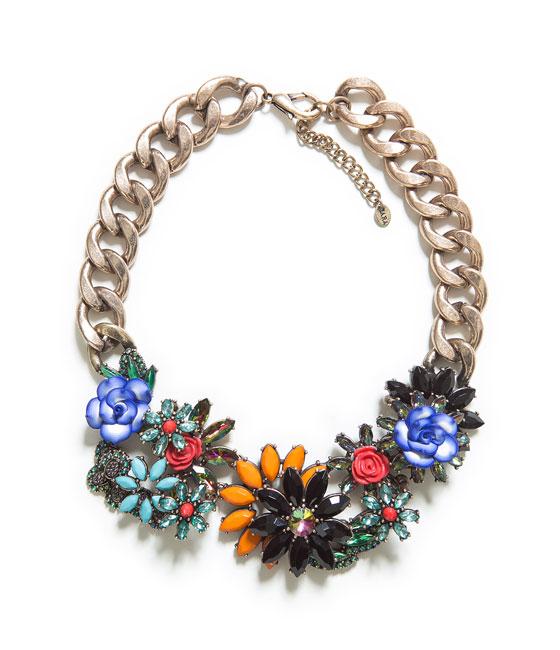 Collar Flores Joya Zara 29.95 euros