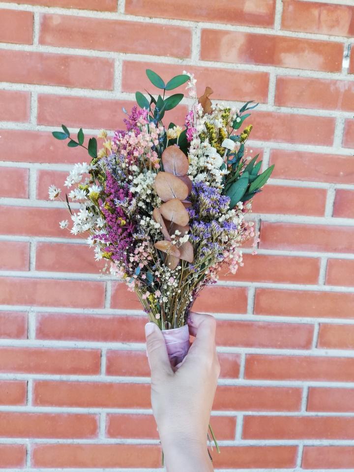 El ramo de novia de mis sueños lo hicieron en Flores en elcolumpio